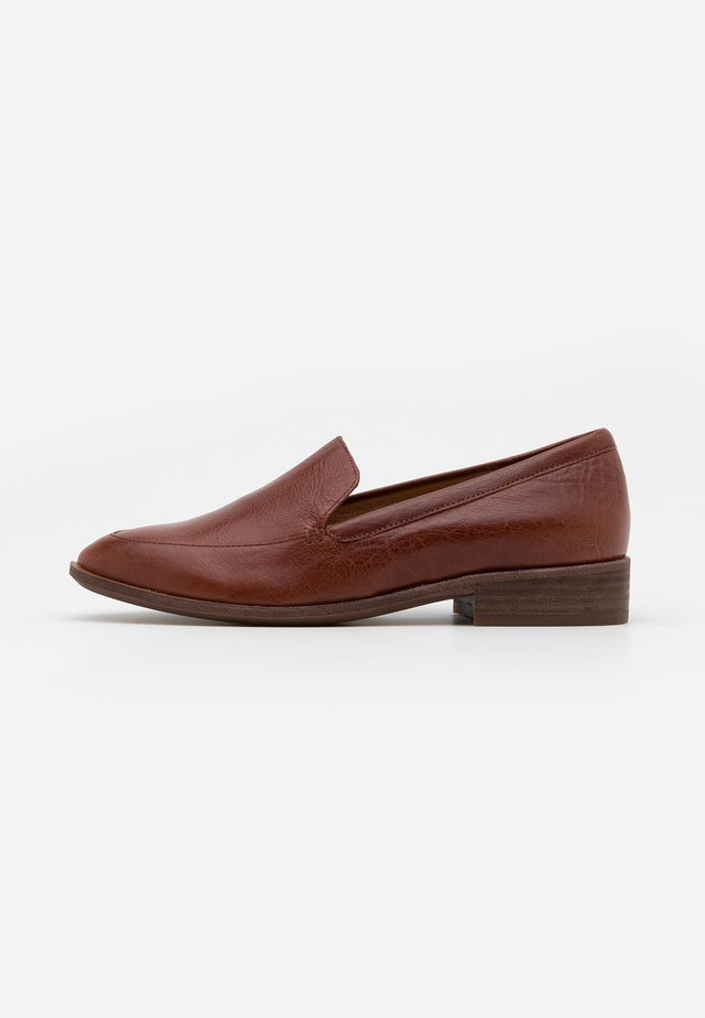 FRANCES LOAFER - Półbuty wsuwane - burnished mahogany