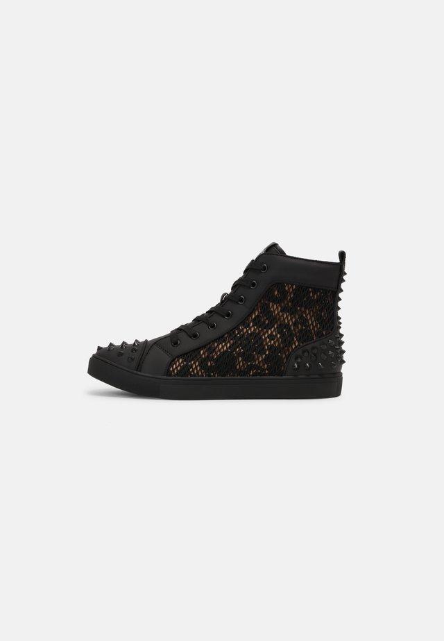 CHAOTIC - Sneakers hoog - leo