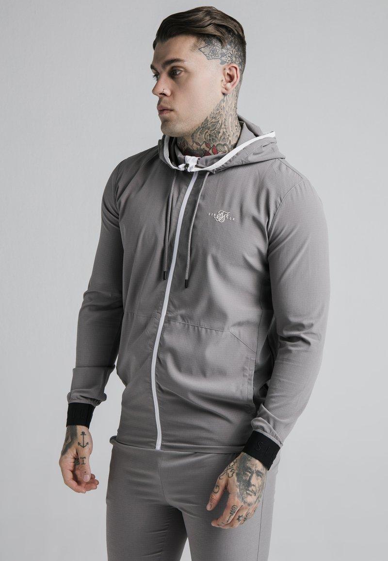 SIKSILK - AGILITY ZIP THROUGH HOODIE - Tunn jacka - grey