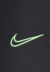 Nike Performance - DRY ACADEMY SUIT SET - Chándal - black/green strike - 6