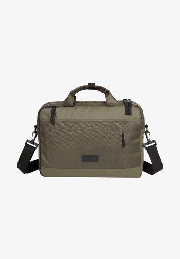 Briefcase - cnnct khaki