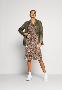 Vero Moda - VMEMELY BELT DRESS - Day dress - green moss/emely - 1