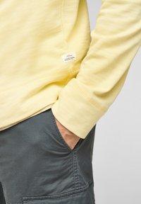 s.Oliver - Sweatshirt - light yellow - 6