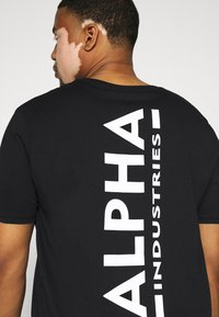 Alpha Industries - BACK PRINT - Print T-shirt - black - 5