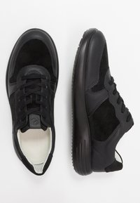 ECCO - SOFT RUNNER - Sneakersy niskie - black - 1