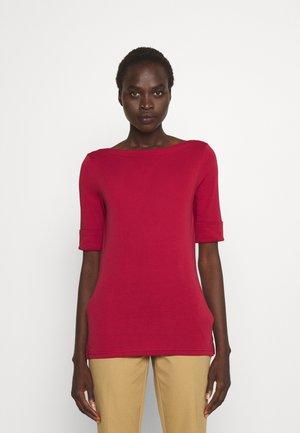 JUDY - Basic T-shirt - bright clay