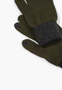 s.Oliver - TOUCHSCREEN - Gloves - olive - 1