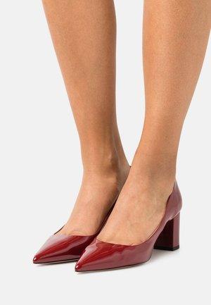 INES CHUNKY  - Classic heels - dark red