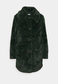 VILA PETITE - VIBODA COLLAR COAT - Classic coat - darkest spruce - 3