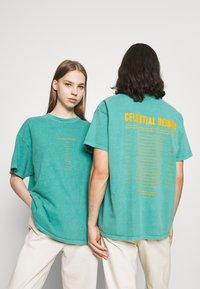 BDG Urban Outfitters - CELESTIAL TEE UNISEX - Print T-shirt - green - 0