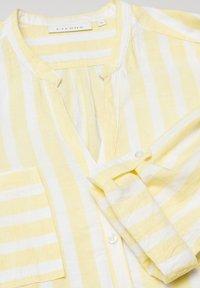 Eterna - MODERN CLASSIC - Blouse - yellow/white - 4