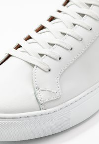 Shoe The Bear - HOLMES - High-top trainers - white - 5