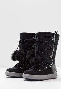 Geox - SLEIGH GIRL ABX - Šněrovací vysoké boty - black - 3