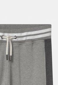 Automobili Lamborghini Kidswear - COLOR BLOCK - Trainingsbroek - grey antares - 2