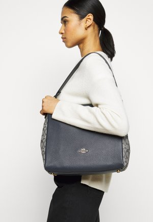 SIGNATURE SHOULDER BAG - Kabelka - midnight navy
