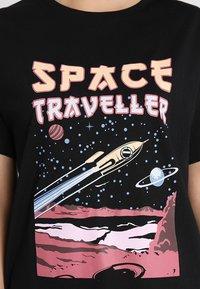 TWINTIP - T-shirt med print - black - 4