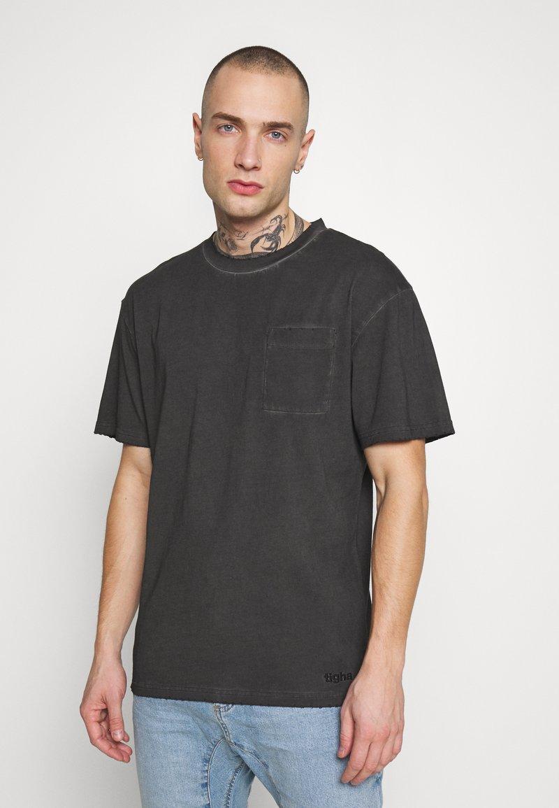 Tigha - ALESSIO - T-paita - vintage black