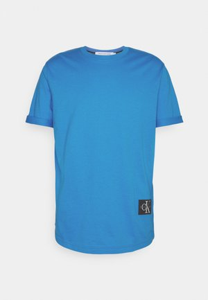 BADGE TURN UP SLEEVE - Jednoduché triko - blue