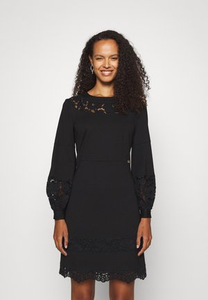 ABITO IN PUNTO MILANO MACRAME - Jersey dress - nero