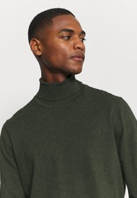 Pier One - Sweter - mottled olive - 4