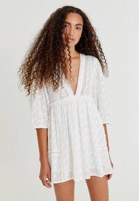 PULL&BEAR - Day dress - white - 4