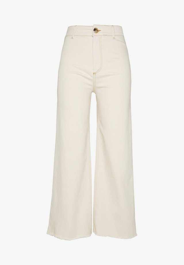 SHANI JEANS - Jeansy Relaxed Fit - antique white