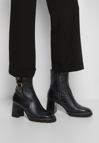 See by Chloé - ERINE - Classic ankle boots - black - 3