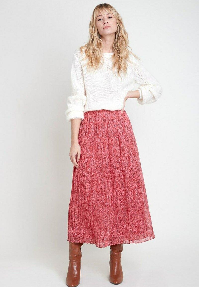 Maison 123 - Pleated skirt - rose rouge