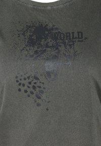 Zizzi - Print T-shirt - dark grey - 4