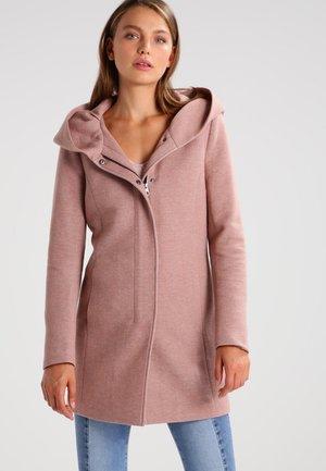 Krátký kabát - mocha mousse melange