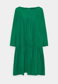 WEEKEND MaxMara - OMBRINA - Denní šaty - smaragdgrun - 5