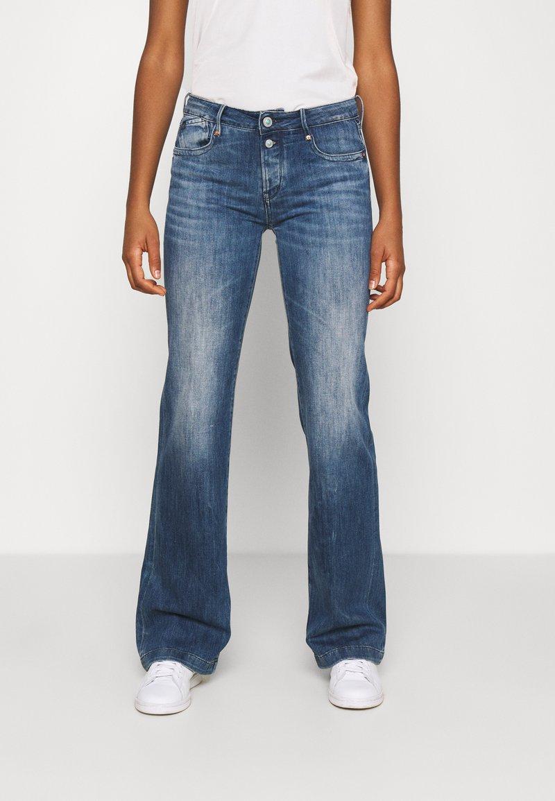Le Temps Des Cerises - Flared Jeans - blue