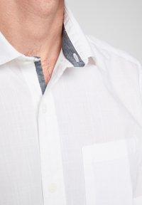 s.Oliver - Shirt - white - 4