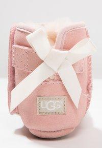 UGG - JESSE BOW II - Ensiaskelkengät - baby pink - 5