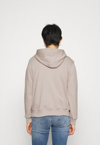 Calvin Klein Jeans - MONOGRAM LOGO - Hoodie - beige - 2