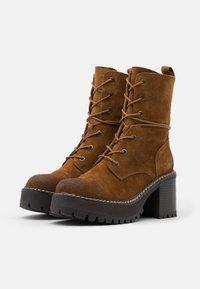 Coolway - JORDAN - Platform ankle boots - brown - 2
