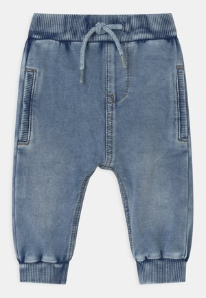 NBMROMEO - Relaxed fit jeans - light blue denim