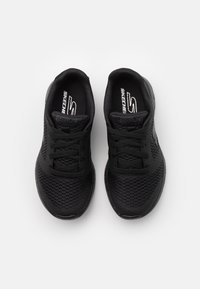 Skechers Performance - GO RUN 600 ZEETON UNISEX - Neutral running shoes - black - 3
