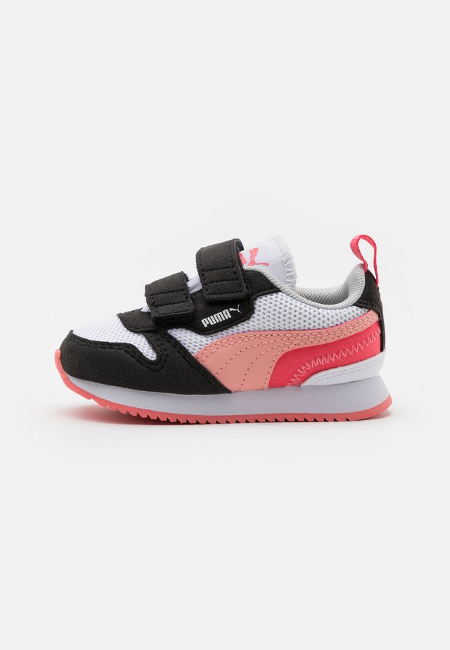 R78 - Sneakers laag - white/apricot/blush/black