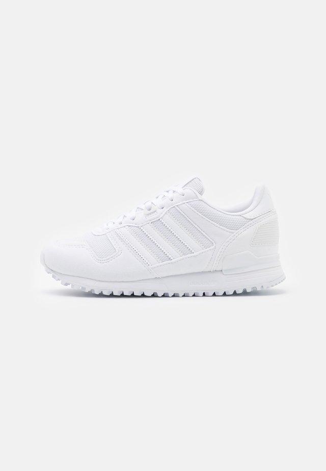 ZX 700 UNISEX - Sneakers laag - footwear white