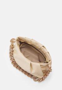 Abro - SCHULTERTASCHE GALI - Handbag - sweet beige - 2