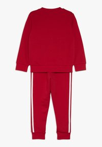 adidas Originals - CREW SET - Survêtement - scarlet/white