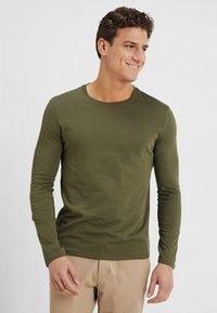 Benetton - BASIC CREW NECK - Bluzka z długim rękawem - olive - 0