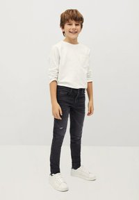 Mango - CALVIN - Jeans Slim Fit - black denim