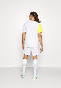 Nike Performance - INTER MAILAND TEE IGNITE SALONE - Club wear - white - 2