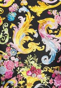 Versace Jeans Couture - LADY - Print T-shirt - black - 4