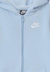 Nike Sportswear - HOODIE CLUB - Zip-up hoodie - psychic blue - 2
