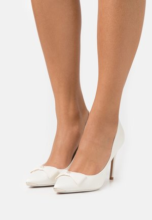 LILANA - Zapatos altos - white