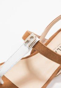 Furla - 1927 THONG - T-bar sandals - cognac/talco - 5