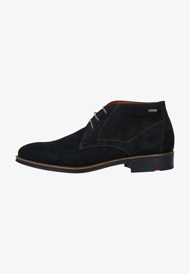Chaussures à lacets - pilot